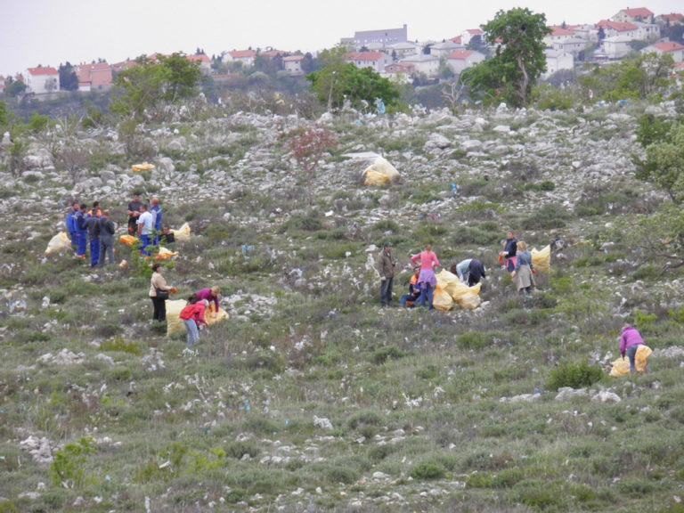 U subotu, 08. travnja, 2017. godine akcija ciscenja okolisa na Duplji
